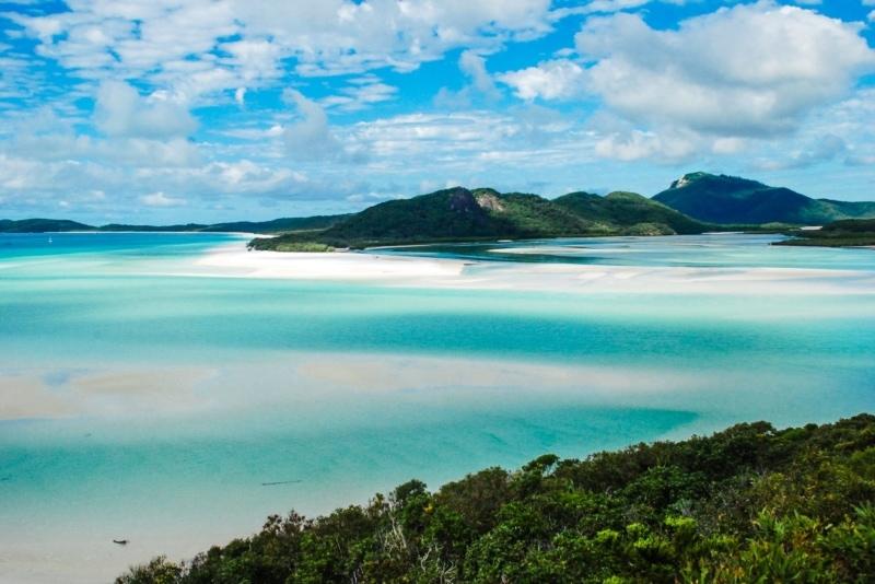 Вы могли бы путешествовать и работать в Австралии на лодке, крейсерские острова Whitsunday!